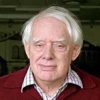乔治M·谢尔德里克(George M Sheldrick) 德国哥廷根大学