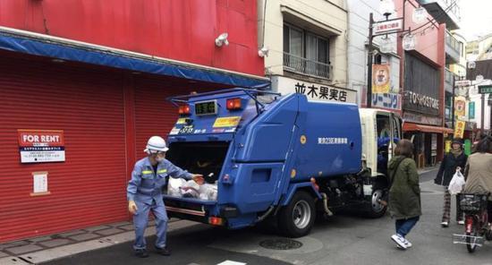 相比之下,日本的清洁工要幸福很多