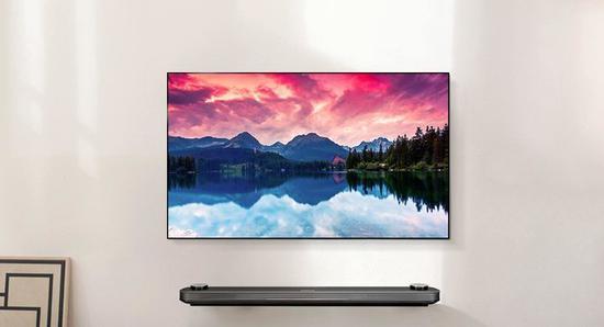 高端OLED电视以画质出众并造型纤薄受到消费者欢迎