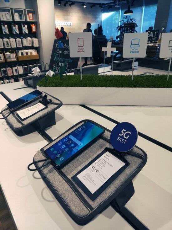 OPPO Reno 5G版在瑞士正式发售