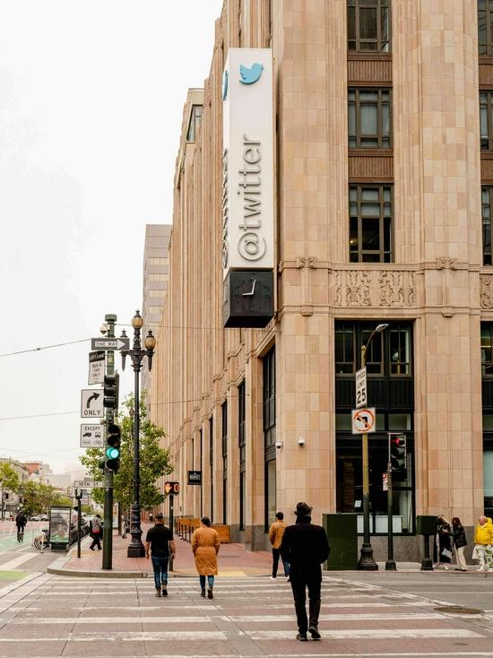 位于旧金山的 Twitter 大楼|图片来自《纽约时报》|摄影 Cayce Clifford