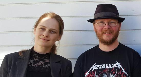 计算机科学家Eva Rotenberg(左)和Jacob Holm(右)在2019年提交的一篇论文,成为了他们破解一个数学谜题的文章的指引。| 图片来源:University of Copenhagen