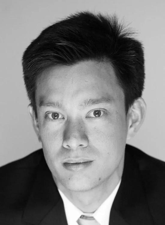 ▲本研究的通讯作者Jason Chin教授在操控遗传密码方面做了很多工作(图片来源: MRC分子生物学实验室)
