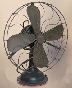 ▲早期电风扇示意图(来自网络)