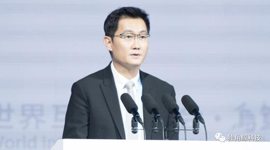 2017年12月3日,腾讯公司董事会主席兼首席实走官马化腾参添第四届世界互联网大会。