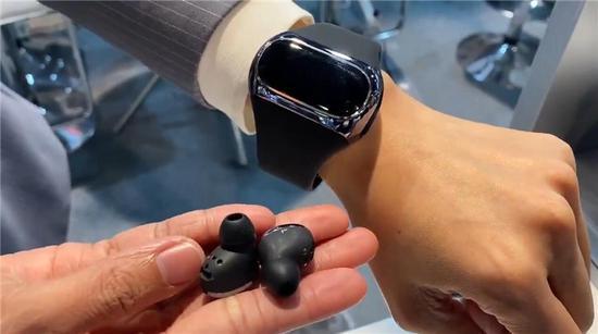 Aipower:手環+真無線耳機合二為一你覺得咋樣?