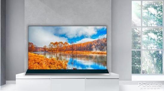 2019年的智能电视 可能要卷进电视柜里
