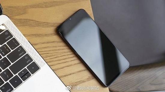 魅族Note9的真机谍照 采用水滴屏,后置双摄,后置指纹识别