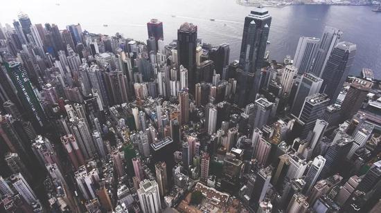俯视香港城区密布的修建群 | 图虫构思