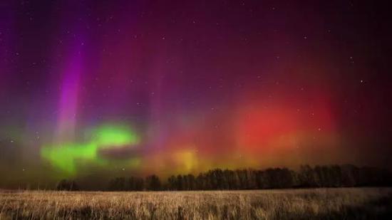 美丽的极光,拍摄于俄罗斯Ryazan地区(图片来源:rt.com)