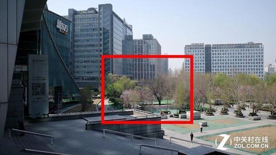 理光GR3视频样片全尺寸截图(选取红框区域放大)