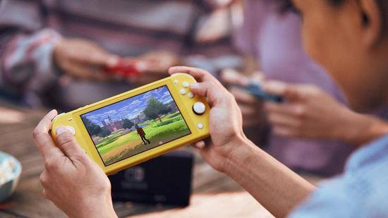 Switch更便携的新款发布,腾讯啥时候引入?
