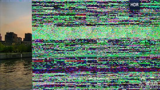失败的HDR电视屏摄,画面高光细节通通爆掉,或是花屏