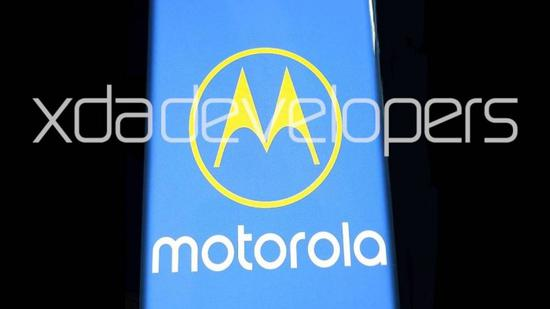 摩托罗拉One 2020谍照曝光 两部新机将具有6.67英寸瀑布屏