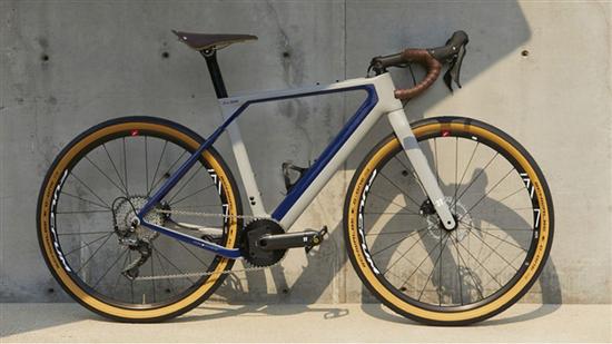 """宝马与3T合作发布联名自行车 提供""""纯粹的驾驶乐趣"""""""