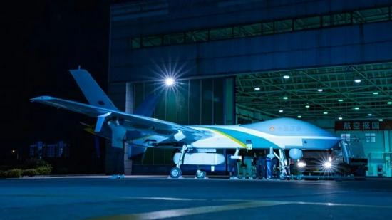 航空工业/整装待发的翼龙-2H无人机