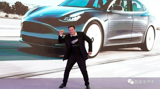 特斯拉Model 3售价降至23万!2年内累降12万,车主:已麻木