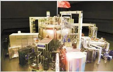 我国自行设计研制的世界上第一个全超导非圆截面托卡马克核聚变实验装置(EAST)。
