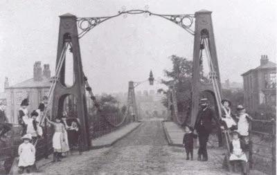 布劳顿吊桥 | 图源:Wikipedia