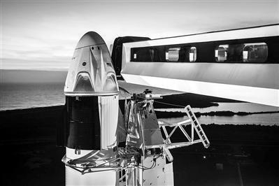 """美宇宙出租车——""""载人龙""""飞船3月首次试飞 7月启动载人飞行测试"""