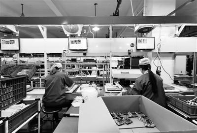 宁波祈禧智能科技股份有限公司生产车间。 见习记者 吴正彬 摄