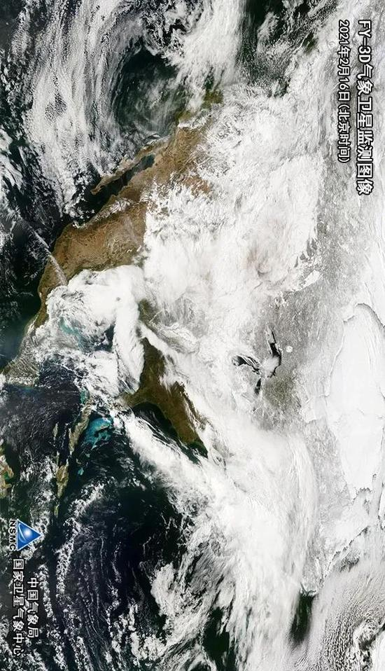 风云三号D星监测结果显示,强冷空气影响美国大部地区,带来雨雪冰冻天气。
