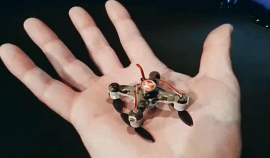 Slaughterbots:无人机杀人武器概念机。