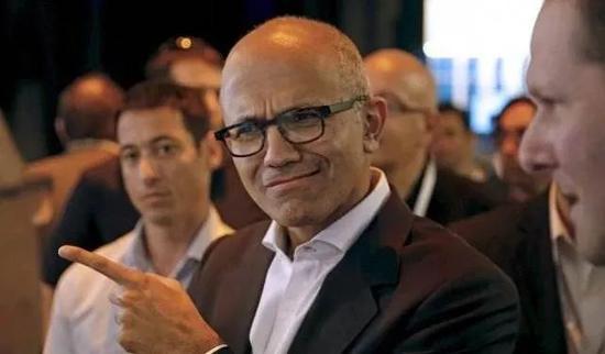 微软CEO纳德拉|自我刷新,建立成长型思维