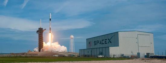 SpaceX发射场。| 图片来源:SpaceX官方Flicker