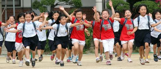 K12在线教育:一个疯狂烧钱的夏天