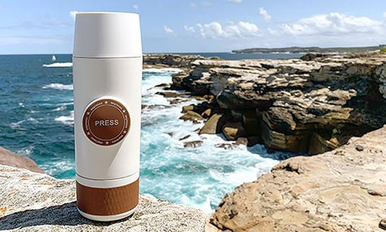 <b>创意酷品:便携式咖啡机 美味随手就来</b>