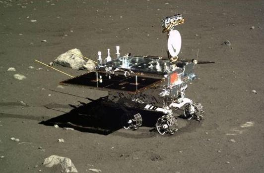 """图片表明:玉兔号""""月球车 图片来源:网络"""