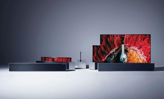 LG在CES 2019上展出全球首款可卷曲OLED电视OLED TV R
