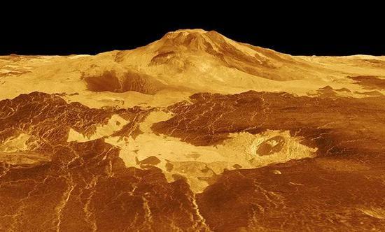 计算机生成的金星马特火山(Maat Mons,纵向比例放大),可以看到前景处的深色岩浆。