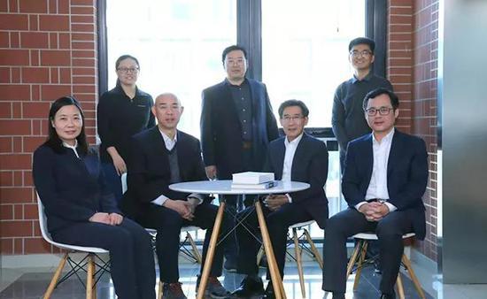 薛其坤和他的「量子变态霍尔效答梦之队」