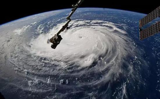 从国际空间站观察Florence飓风。图片来源:NASA