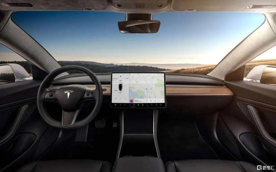 Model 3 来源:特斯拉微博