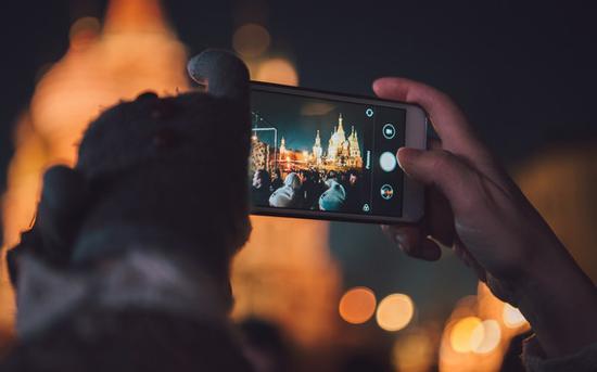 目前AI对于智能手机的增强集中在相机功能