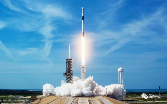 发射火箭:一公斤