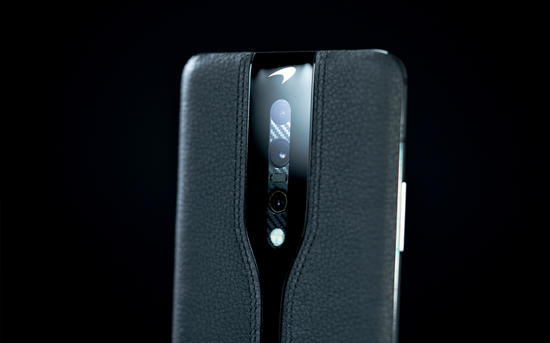 一加Concept One黑色真机现身 搭载后置三摄