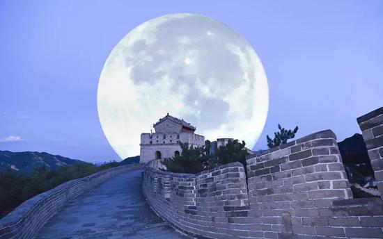 ▲人造月亮的表述令许多网友激动不已(图片来自网络)