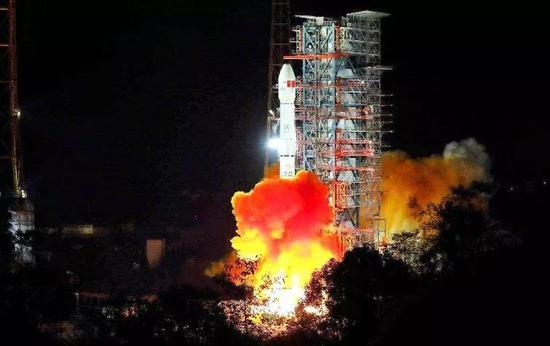 嫦娥四号发射成功(图片来源:http://www.sohu.com/a/280818884_100143896)