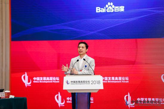 李彦宏:无人车3-5年内将实现开放道路运行