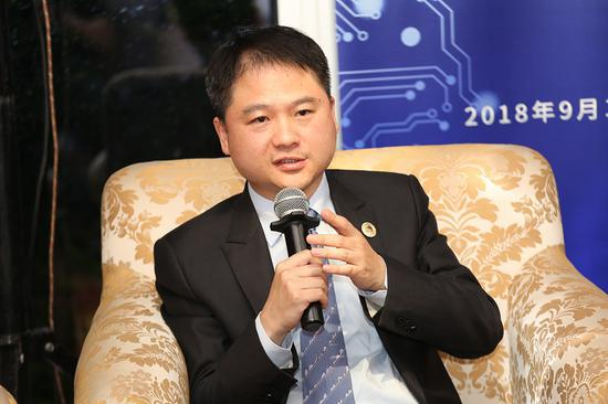 紫光展锐CEO曾学忠:明年将推全网通芯片 助力5G产业