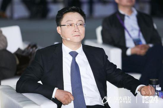 科大訊飛董事長劉慶峰