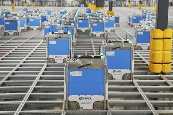 美最大连锁超市Kroger建设机器人物流中心:挑战亚马逊和沃尔玛