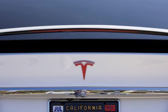 特斯拉召回 9500 辆 Model X 和 Model Y 汽车