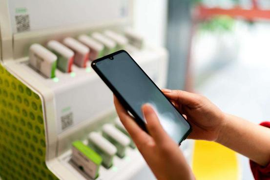 揭秘共享充电宝:两种方式植入病毒 网售同款不足20元