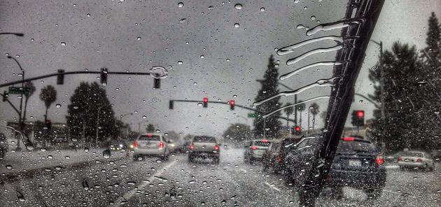 特斯拉推出Deep Rain 为提升自动雨刮的表现