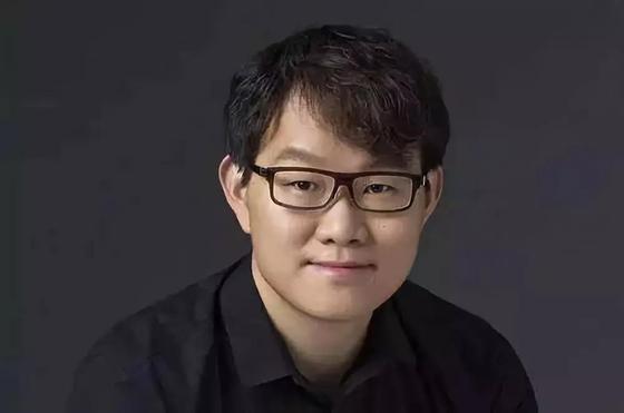 李林毕业于清华大学
